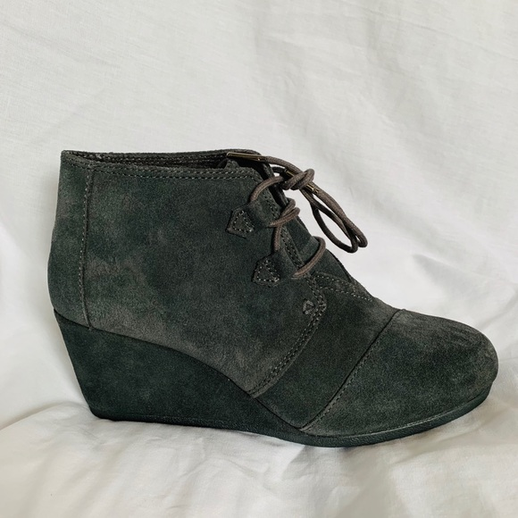 c16152d46cd New TOMS Wedge Booties